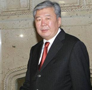 Кыргызстандын мурунку премьер-министри Данияр Үсөнов. Архив