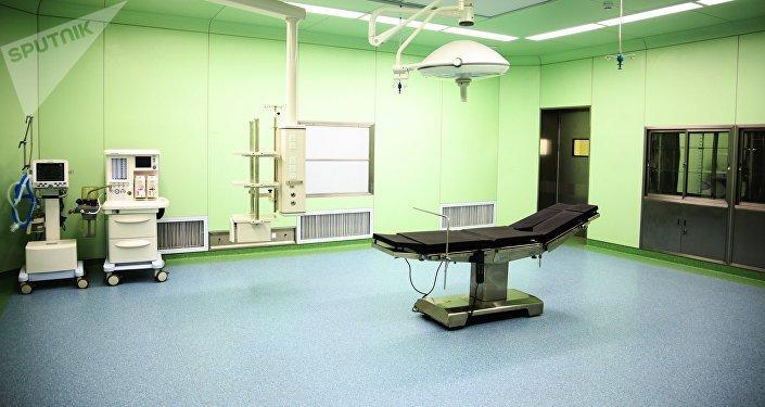 Построенный на китайский грант больница, в микрорайоне Ак-Тилек города Ош