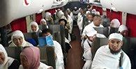 Первая группа паломников из КР отправилась в Мекку (Саудовская Аравия)