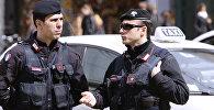 Италиянын полиция кызматкерлери. Архив