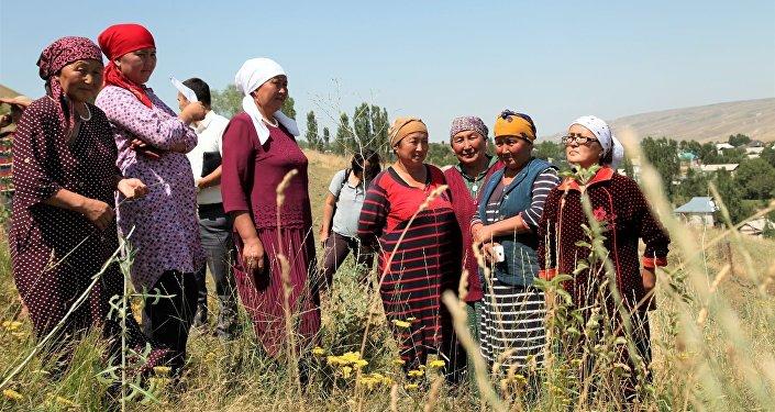 В организации отметили, что ведется активная работа по борьбе с природными катаклизмами и адаптации сельчан к меняющемуся климату
