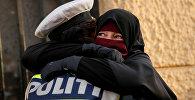 Митинг против запрета на ношение паранджи в Дании