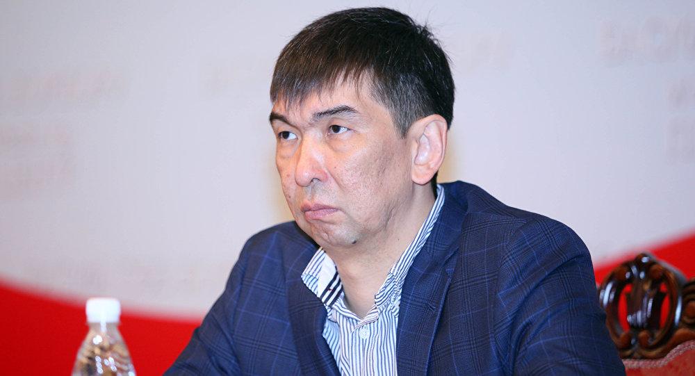 Экс-депутат Жогорку Кенеша Азиз Суракматов. Архивное фото