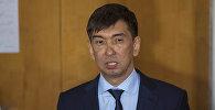 Жаңы шайланган мэр Азиз Суракматов