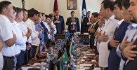 Депутаты Бишкекского городского кенеша на внеочередной сессии. Архивное фото