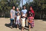 Студент второго курса Бишкекского гуманитарного университета по имени Эржигит нашел трех потерявшихся девочек и помог им вернуться к родителям