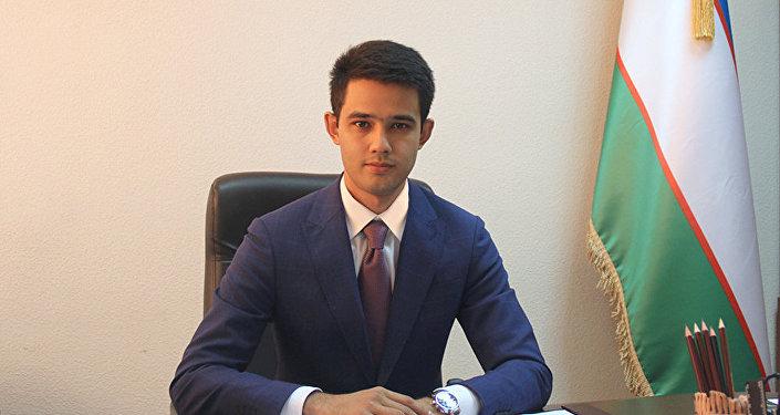 Назначенный исполняющим обязанности заместителя председателя Государственного комитета туризма Узбекистана, студент факультета бизнес-управления Международного Вестминстерского университета в Ташкенте Саидакбархон Акбаров