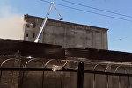 В Бишкеке горит крупный мукомольный комбинат — прямая трансляция