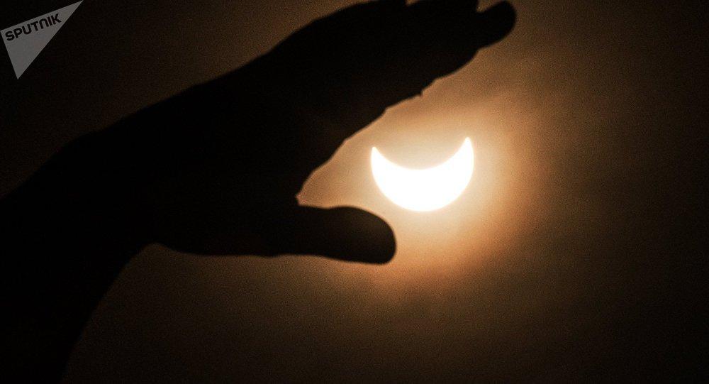 Фаза солнечного затмения. Архивное фото