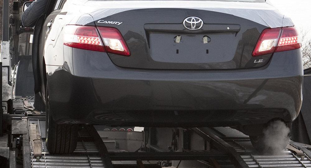 Продажа Toyota Camry в США