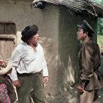 Кошокчу фильминде Байдөбөтов ошентип 37-жылдардагы кандуу репрессиянын өкүлүнүн, терс каармандын образын жараткан