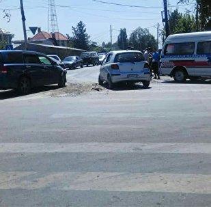 Бишкекте үч унаа кагышкан жол кырсыгы болду