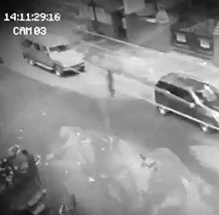 Арбакпы? Филлипинде видеого түшүп калган сөлөкөт жүрөктүн үшүн алууда