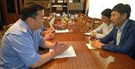 Встреча посла Кореи Ха Тэёк с начальником УВД Иссык-Кульской области Октябрем Урмамбетовым