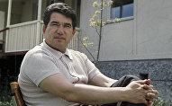 Жазуучу Чыңгыз Айтматов. Архив
