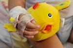 Ребенок в больнице. Архивное фото