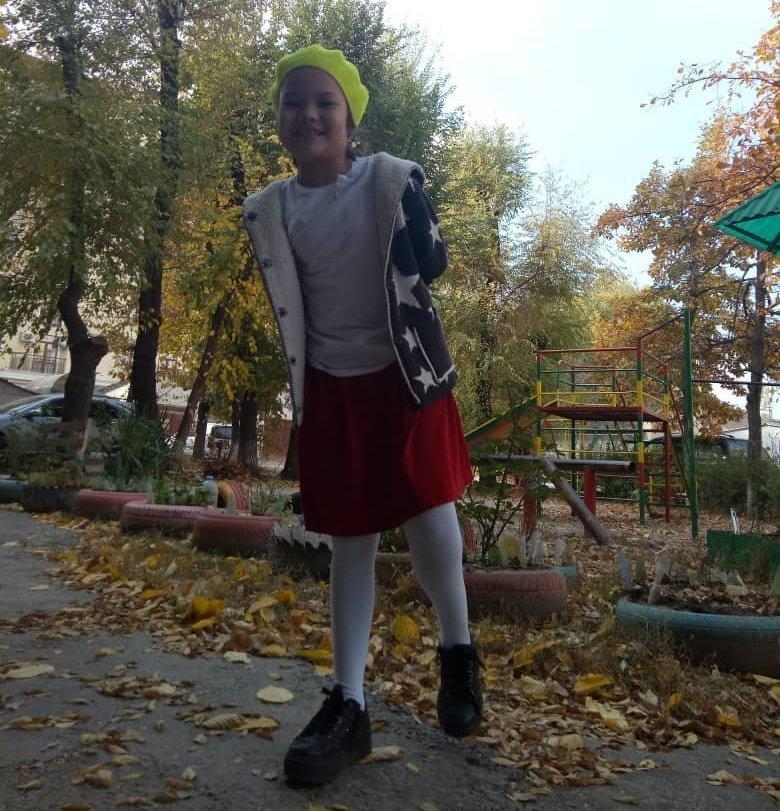 Дочь Искендера Ниязалиева Айтолдуажар