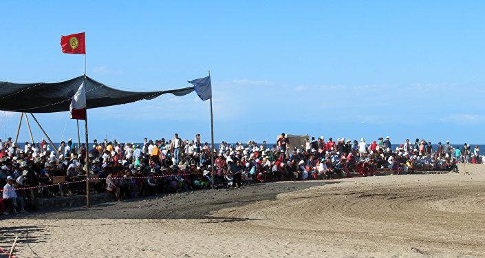 Фестиваль Алтын жээк в Тосоре