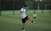 Кыргызстанская футболистка Айдана Оторбаева, которая будет выступать за испанский клуб Madrid CFF