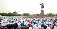 Ош шаарындагы Курман айт намазына 13 миңдей адам катышты