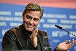 Эки жолу Оскар сыйлыгын алган Жордж Клуни. Архивдик сүрөт
