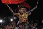 Слезы радости и овации — как встречали борцов КР, вернувшихся с Азиады