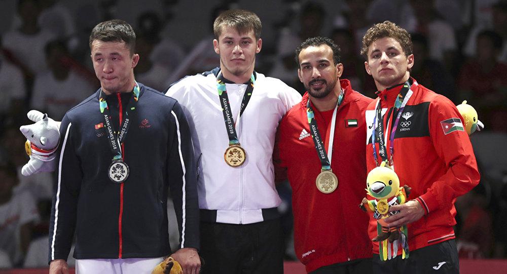 24 жаштагы жиу-житсучу Нурсултан Алымкулов 77 килограмм салмактагылар арасында күч сынашып күмүш медаль тагынды.