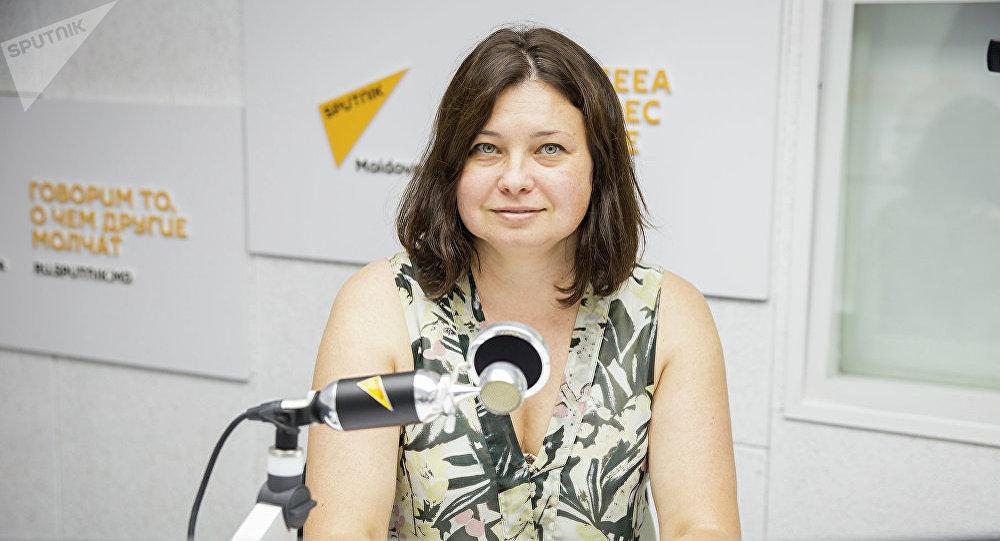 Архивное фото психолога Елены Бычевой