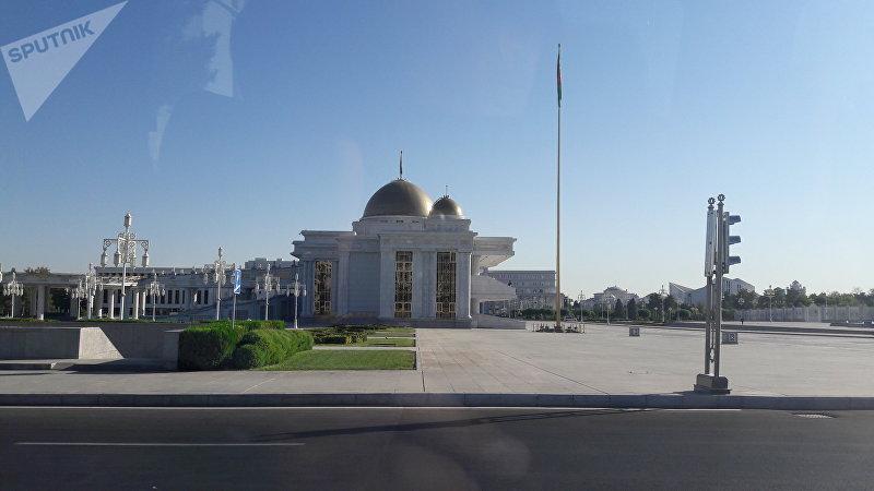 Города мира. Ашхабад (Туркменистан)