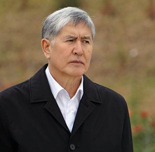 Экс-президент Кыргызстана, председатель Социал-демократической партии КР Алмазбек Атамбаев. Архивное фото