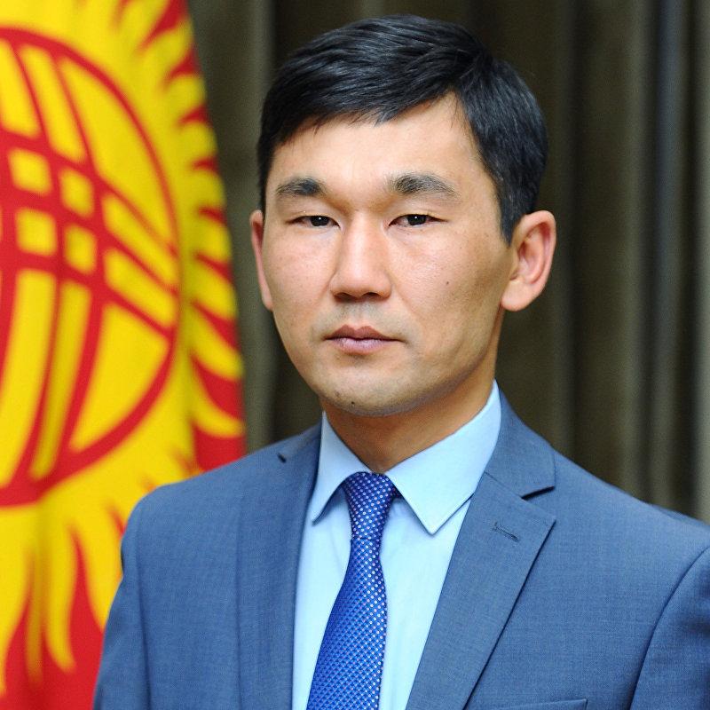 Новоизбранный пресс-секретарь премьер-министра Адилет Султаналиев