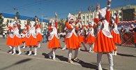 Праздничные мероприятия на центральной площади города Нарын. Архивное фото