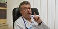 Известный педиатр, заведующий приемным отделением 3-й детской больницы Минска Дмитрий Чеснов. Архивное фото