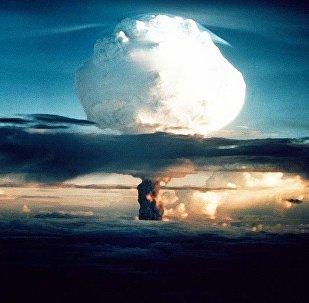 Взрыв ядерного оружия. Архивное фото