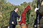 Президент Узбекистана Шавкат Мирзиёев почтил память Ислама Каримова