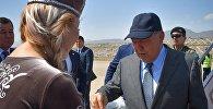 Казакстандын президенти Нурсултан Назарбаев Түрк тилдүү мамлекеттердин кызматташуу кеңешинин алтынчы саммитине катышуу үчүн Чолпон-Ата шаарына келди