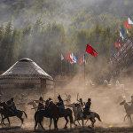 На следующий день открылся этногородок Кырчын, где состоялось театрализованное представление, посвященное истории кочевников