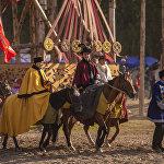 Улуттук кийимчен жүргөндөрдүн арасынан бир гана кыргыздарды эмес, башка өлкөнүн жарандарынын да кезиктире аласыз