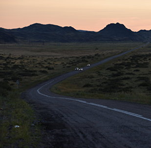 Автомобили на дороге. Архивное фото