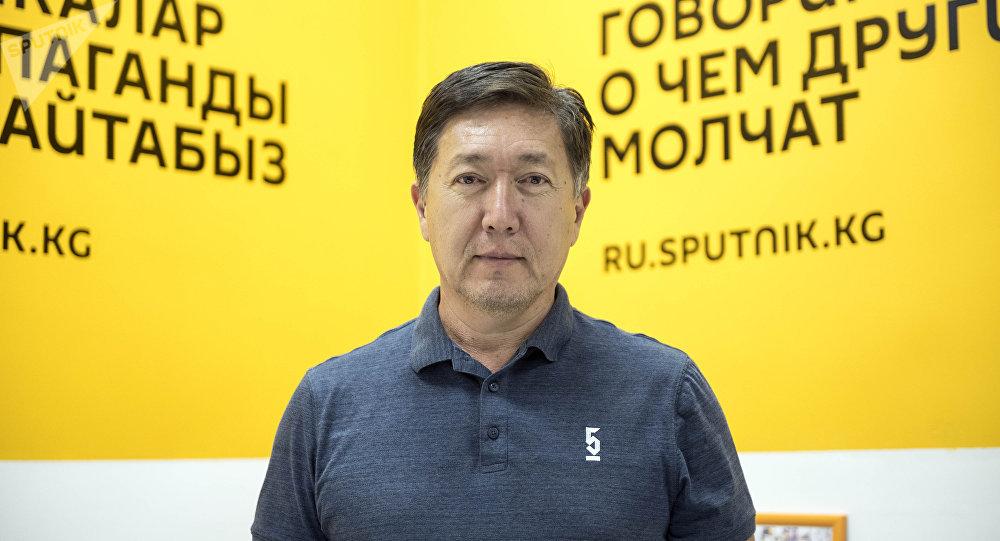 Действительный член Европейской ассоциации урологов, кандидат медицинских наук, доцент Зуфар Хакимходжаев