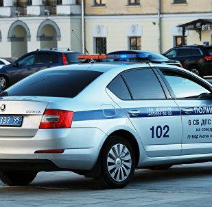 Автомобиль полиции на улице Москвы.