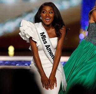 Победительница конкурса красоты Miss America 2019 Ния Имани Франклин