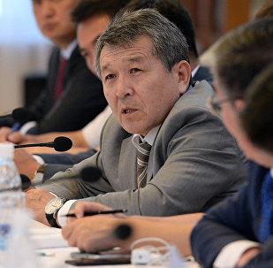 Управляющий делами Президента и Правительства КР Туруспек Коеналиев. Архивное фото