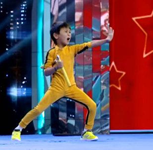 Брюс Ли из Кыргызстана привел в восторг зрителей телешоу на Украине — видео