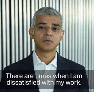 Мэр Лондона зачитал отрывок из повести Чингиза Айтматова Джамиля. Видео