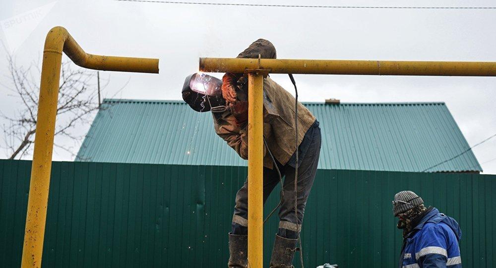 Восстанавление работоспособности газопровода. Архивное фото