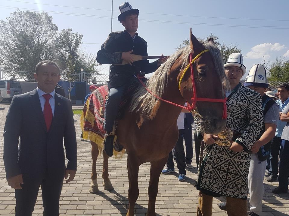Известный кыргызский акын Аалы Туткучев на III Всемирных играх кочевников