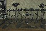 Кузнец из Израиля делает цветы из бомб