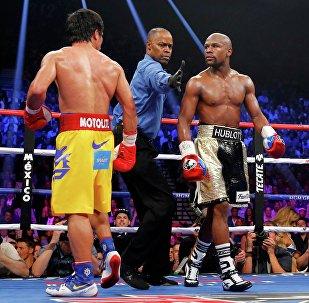 Боксерский поединок Флойд Мэйвезер против Мэнни Пакьяо. Архивное фото