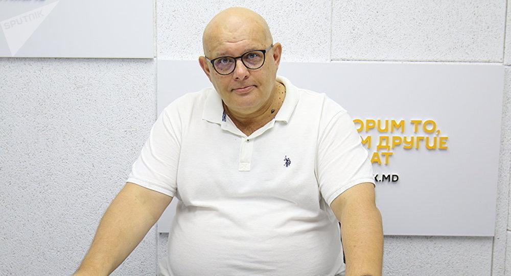 Руководитель учебных программ МИА Россия сегодня Олег Щедров